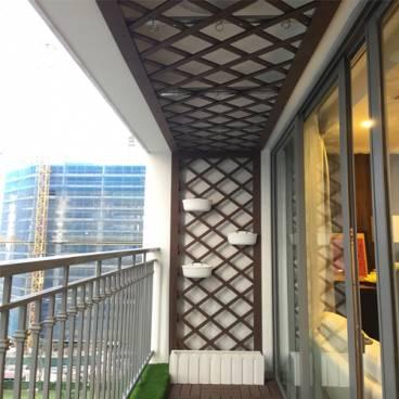 Ốp trần logia ban công gỗ nhựa